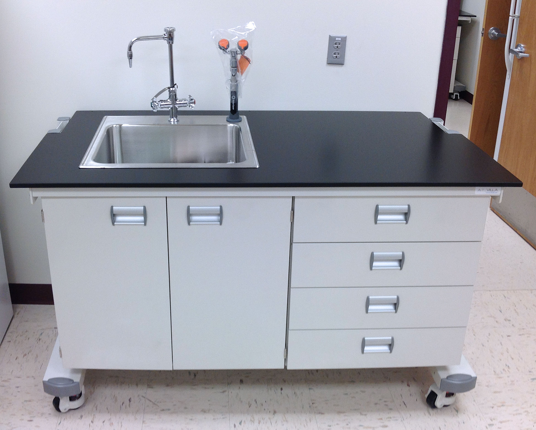 Ergolab Mobile Laboratory Benching System - A.T. Villa