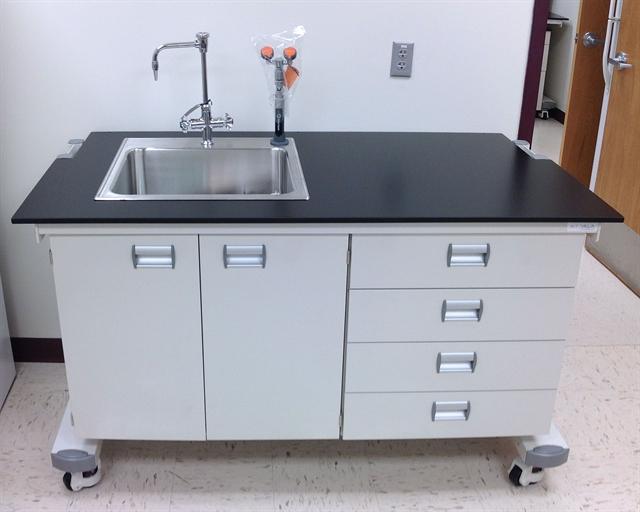Ergolab Mobile Laboratory Benching System