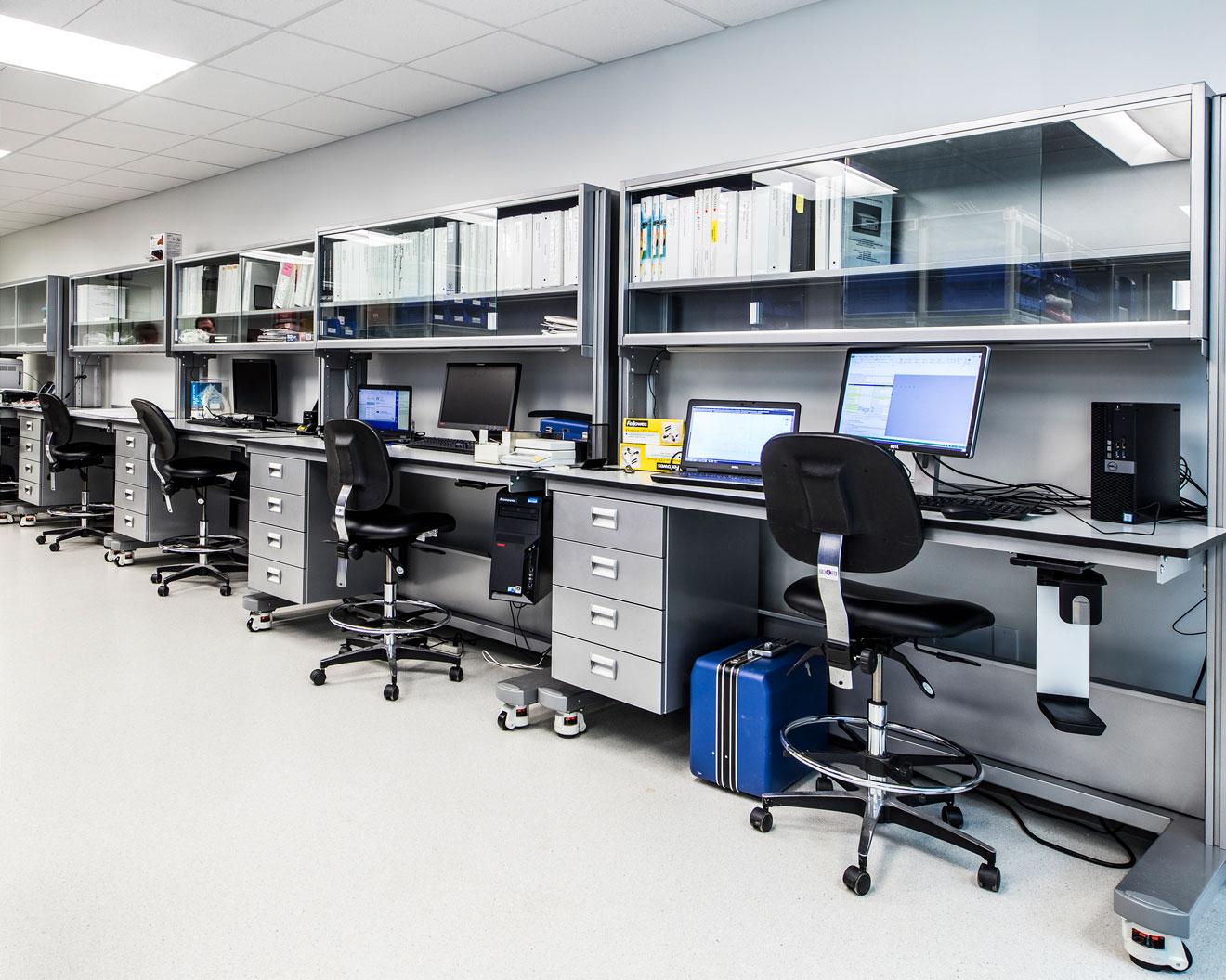Ergolab Mobile Laboratory Benching System - A T  Villa