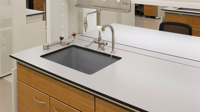 laboratory work tops sinks in epoxy trespa a t villa. Black Bedroom Furniture Sets. Home Design Ideas