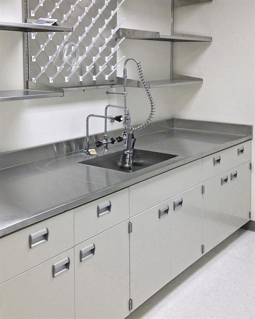 Laboratory Work Tops Amp Sinks In Epoxy Amp Trespa A T Villa